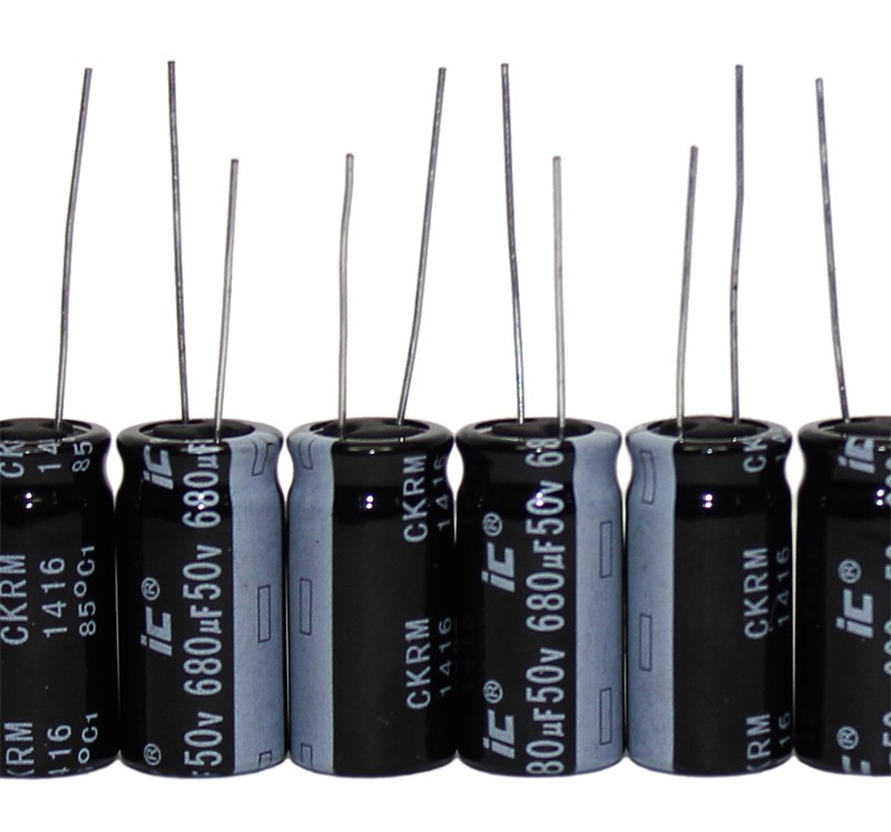 4-pin Condensatore Elko 680µf 500v 85 ° C; LLS 2 H 681 mesezh; 680uf